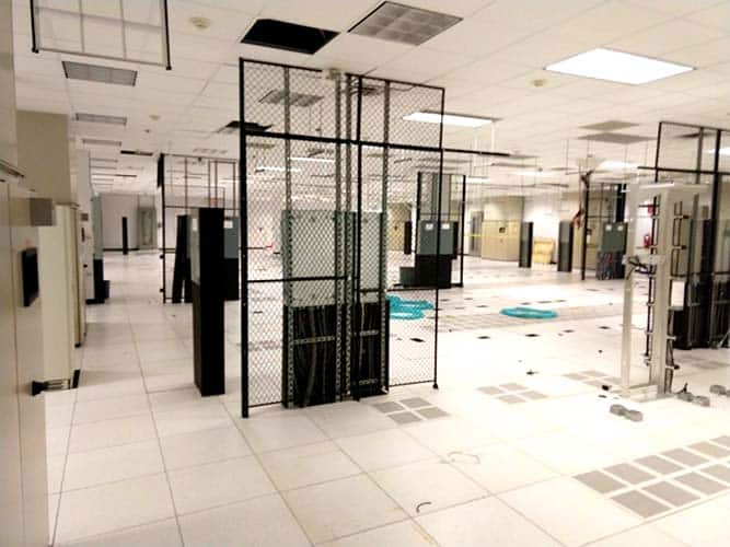 Data center decommissioning process