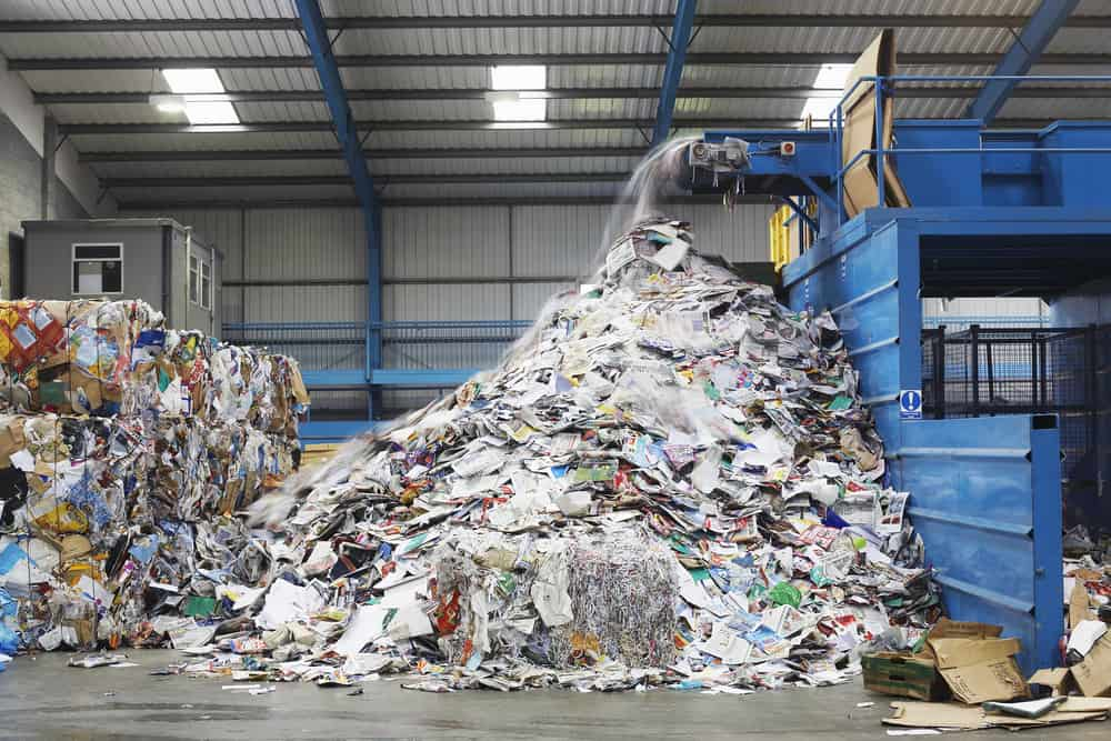The Advantages And Disadvantages of E-waste Recycling